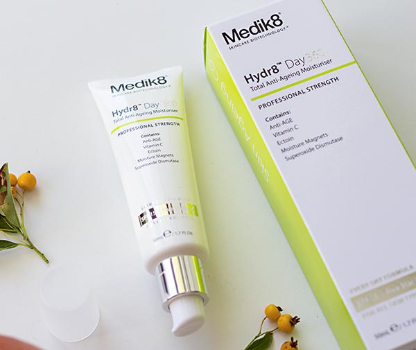 kosmetika_rijen_medik8_hydra8 day