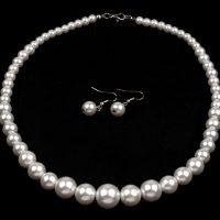 Náhrdelník a náušnice z voskovaných perel