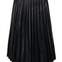 Černá lesklá plisovaná sukně