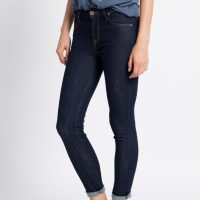 Slim fit džíny