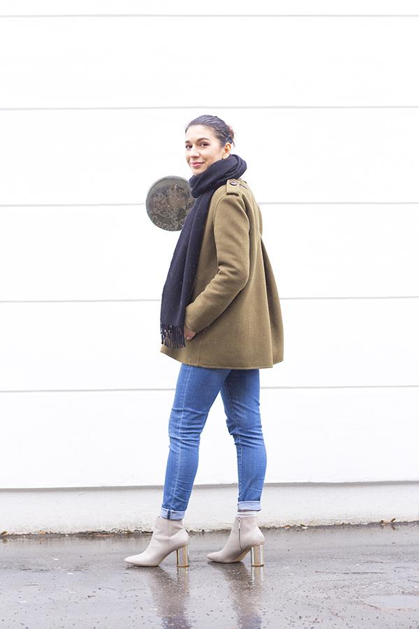 khaki_outfit_4