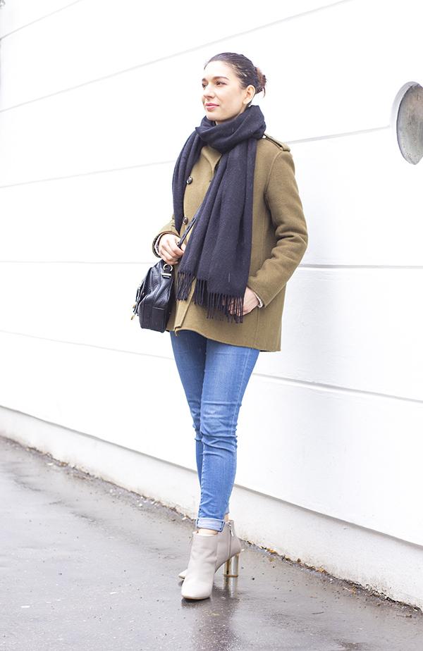 khaki_outfit_5