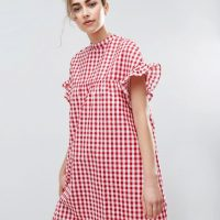 Červené šaty s gingham kostkou