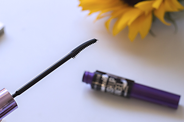 Maybelline The Falsies® Push Up Angel řasenka