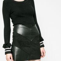 Koženková mini sukně