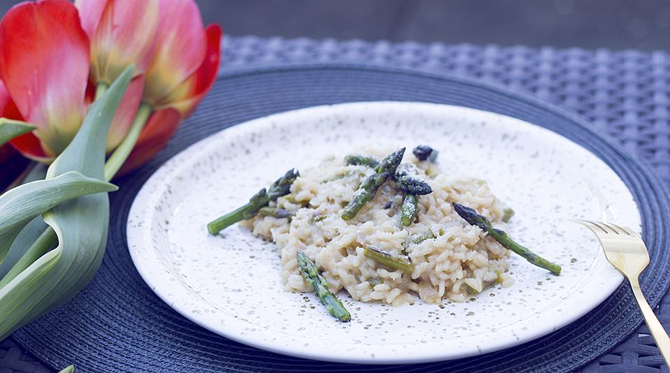 Krémové chřestové rizoto z 8 ingrediencí