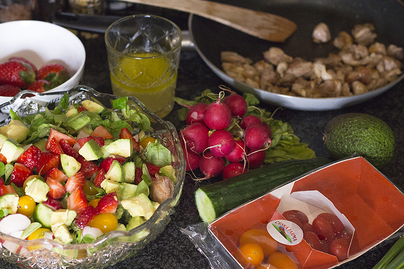 testovinovy salat se zeleninou